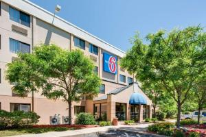 Picture of Motel 6 Milford