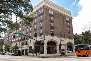 Picture of Hampton Inn Savannah Historic District