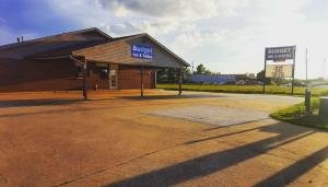 Picture of Budget Inn and Suites Siloam Springs
