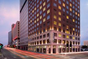 Picture of Hampton Inn & Suites Dallas Downtown
