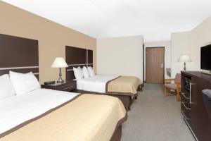 Picture of Baymont Inn & Suites Green Bay