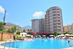 The swimming pool at or near Club Sidar Apart Hotel