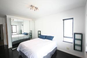 804 Flatrock Suites