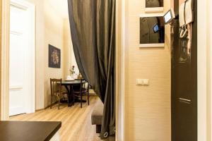 Apartments on Mokhovaya 28