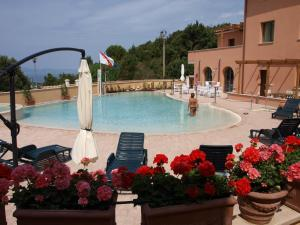 The swimming pool at or near Residence La Pergola
