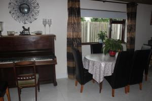The lounge or bar area at Martinville Self Catering Holiday Home