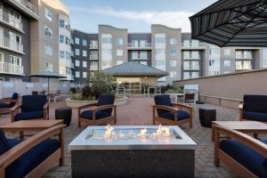 Global Luxury Suites at South Beach SFにあるラウンジまたはバー