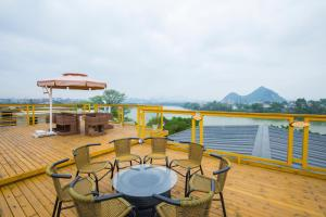Guilin River View Inn