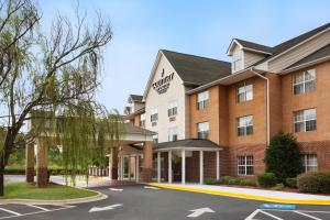 Picture of Country Inn & Suites Charlotte University Place