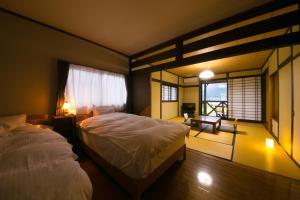 汤布院里山茶风日式旅馆 (Yufuin Bath Satoyamasafu)