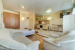 Longo Apartment Bolshaya Pushkarskaya 3