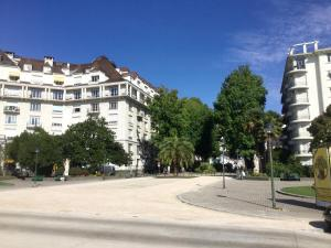 Boulevard d'Aragon Apartment