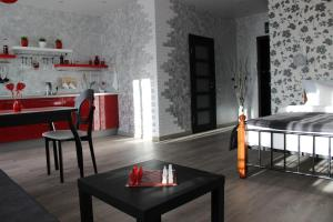 Apartment on Ternopolskaya 18