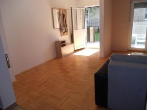 Apartment Tarik