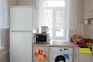 City Rent Apartment Sheronova 101-3
