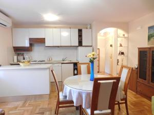 Apartment Nila