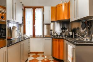 Vivaldi Apartment