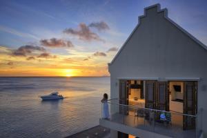 Terramar Luxurious Oceanfront Apartments