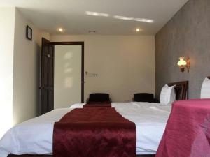 泰恩酒店 (Thanh Hien Hotel)
