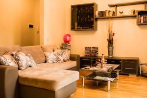 Majoituspaikan Kaubamaja Luxury Apartment baari tai lounge-tila