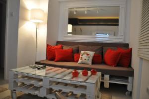 Alsancak Suite Apartment