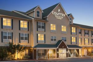 Picture of Country Inn & Suites by Carlson Dothan
