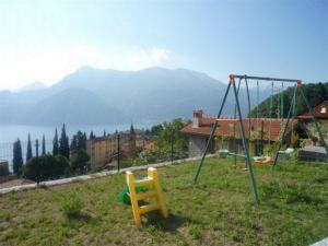 Otroško igrišče poleg nastanitve Lago Panoramica