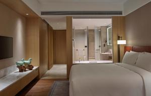 New World Langfang Hotel