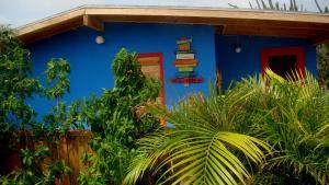 The facade or entrance of Hopi Cadushi Studio