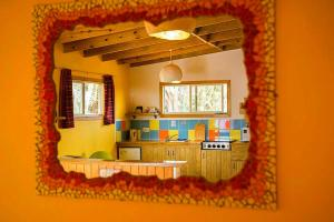 The lounge or bar area at Hopi Cadushi Studio