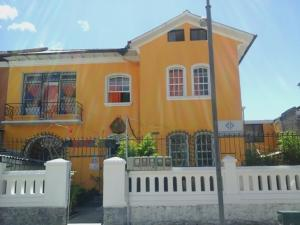 Residencias Casa Amarilla