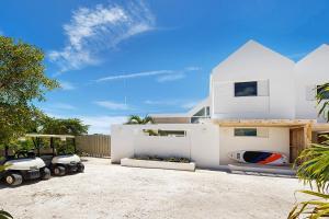 Sunset Beach Villas 7 118210-104463