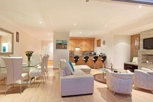 Berkley Road Apartment