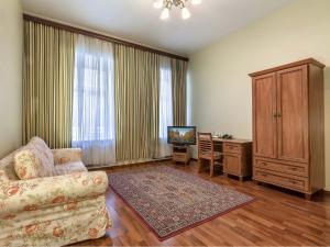 Apartment on Nevskiy 130