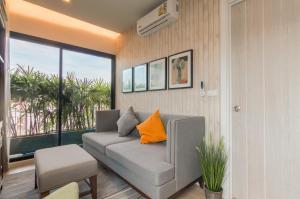 DLUX Condominium 510