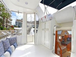 Happy Ours - Luxury Yacht Accomodation