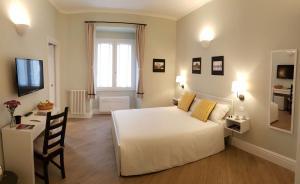 Roman Suite Guest House