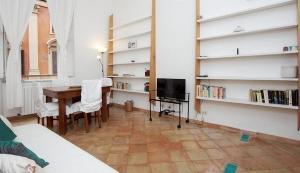 Lucina Trastevere House