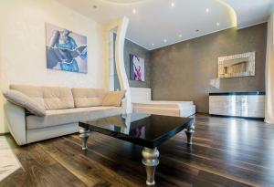 Natella Apartments at Glukhaya Zelenina 4