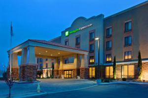 Picture of Holiday Inn Express Hotel & Suites Twentynine Palms