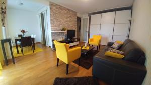 Twin Belville Apartments