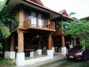 ZT Chiangmai Teak Wood House