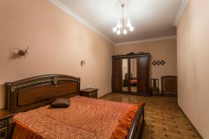 Apartment on Nevskiy Prospect 88