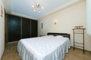 Apartment Bulvar Lesi Ukrainky 28