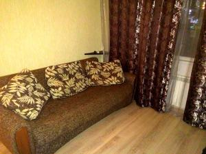 (Apartment on Shevchenko 288a)
