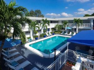 Picture of May-Dee Suites in Florida