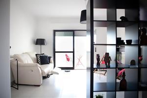 Sunny Apartment in Cascais