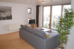 Home Apartments - Pier View (Pier View)