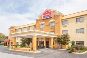 Picture of Ramada Limited Decatur