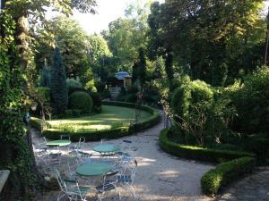 A garden outside Buda Hills villa apartment